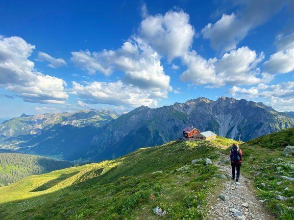 Liebe Sonne, lass dich wieder einmal blicken ☀️ #mountainlovers #alpinism #mountaineering #timetoplay #outdooradventures ...