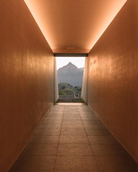 The physicality of light… #Skyspace #JamesTurrell #SkypsaceLech #NotToBeMissed #Artspace #Lightspace #ArtofLightAndSpace #Artinstallation #VisitVorarlberg ...