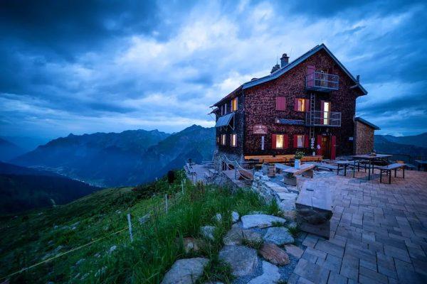 Kaltenberghütte im Hinteren Klostertal auf 2.089 m #kaltenberghütte #klostertal #lechtal #verwall #tirol #klösterle ...
