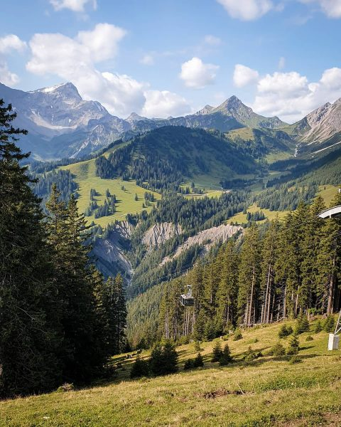 Lovely panoramic views over the mountains of Brand, #vorarlberg Check out the latest ...