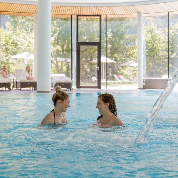 Ob in der Natur, beim Schwimmen oder bei wohltuenden Behandlungen - erleben Sie ...