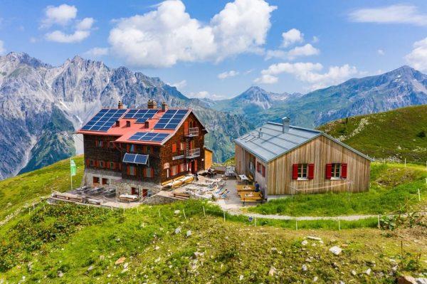 Bis Sonntag könnt ihr die Kaltenberghütte noch bei traumhaftem Wander-Wetter genießen. ☀ Danach ...