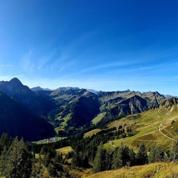 Einfach unbeschreiblich schön. #kleinwalsertal#walmedingerhorn#mittelberg#sommerimherbst Walmendinger Horn