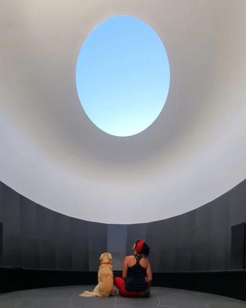Skypace 🌠 #vorarlberg #visitvorarlberg #visitaustria #lech #lechzuers #arlberg #skyspace #installation #artwork #jamesturrell #meandmydog ...