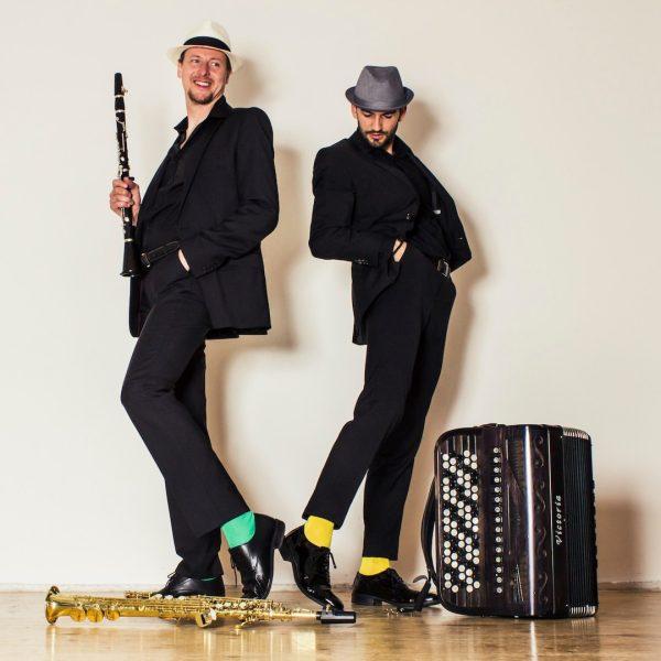 Morgen wird es hier am Goldenen Berg musikalisch.✨ Das Duo Vila Madalena verzaubert ...