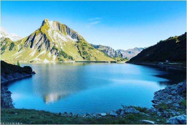 Der Spullersee (1828m) #österreich #vorarlberg #visitvorarlberg #lech #berge #mountains #montainsview #spullersee #austria #travel ...