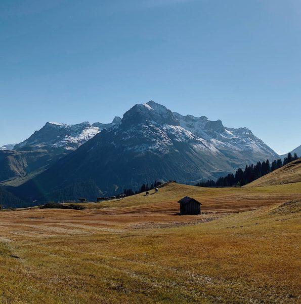 Wunderschöner Herbsttag in Oberlech 🌞🍂🌳 Lech, Vorarlberg, Austria