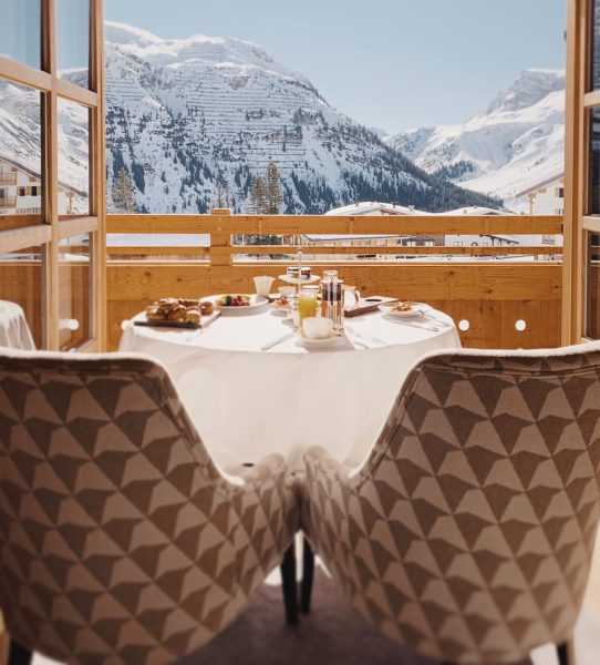 This is how your ski day begins! Dining in-room or a la carte, ...