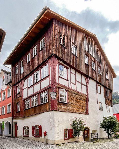 Ad | A hidden corner of Feldkirch in Vorarlberg, Austria. #broganinaustria 🇦🇹 @visitvorarlberg ...