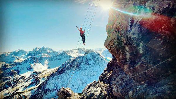 Nur wer riskiert zu fallen, kann wirklich fliegen lernen! #freiheit #austria🇦🇹 #lünersee #saulakopfklettersteig ...