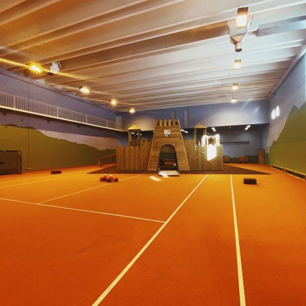 Rennen, Toben, Klettern, Rutschen, Hüpfen...kennt ihr schon den 600 m² Indoor-Aktivbereich im Lagant? ...