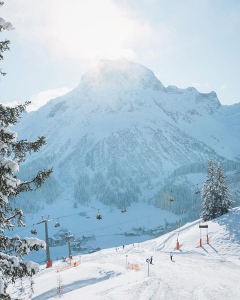 Are you as excited about winter season as we are? ❄️⛷ . . ...