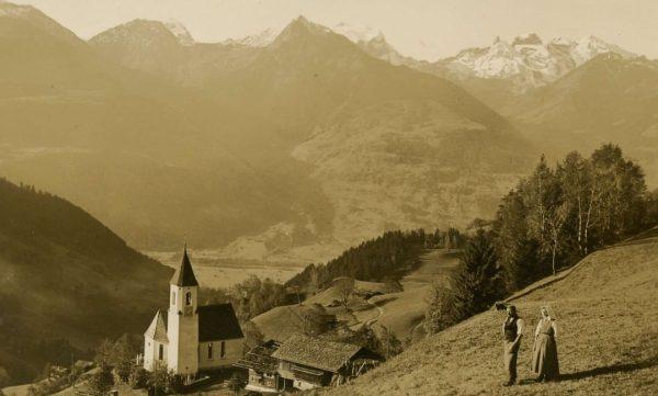 Herbstlicher Blick von Innerberg (Gemeinde Bartholomäberg) auf den Rätikon - diese Aufnahme entstand ...