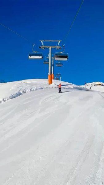 Up we go 🙌🏼⛷ #lechzuers #lechamarlberg #skischule #skifoan #arlberg #austrianalps #thealps #bestofthealps #skigebiet ...