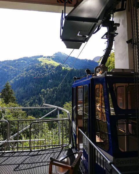 16-AT Pendelbahn Sonntag-Stein . . . 📸 @johannes_8300 . . . #steurer #pendelbahn ...
