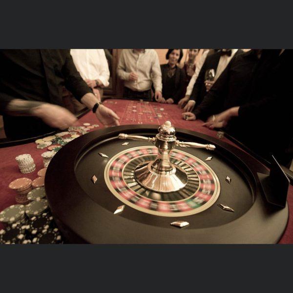 Es wird ernst. Nur noch 2 x schlafen bis zu MAUND'S Casino Night ...