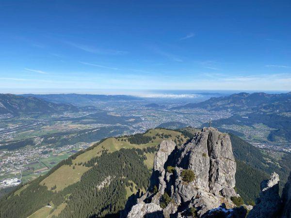 Der Blick von den drei Schwestern ins Rheintal und Walgau ist wirklich einzigartig. ...