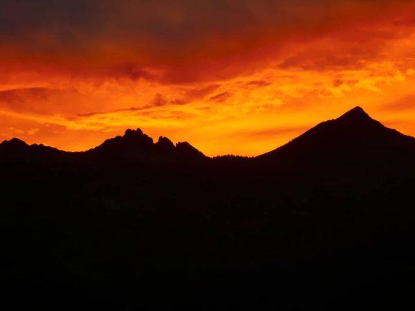 Abendstimmung über dem Rätikon🔥 #rätikon #mondspitze #schillerkopf #abendstimmung Bludenz